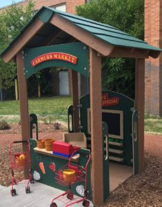 Outdoor play and learning environment product
